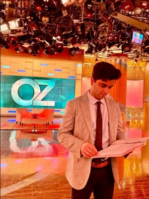Akshay at the Oz studio